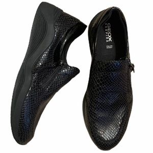 Geox black shoes with side zipper